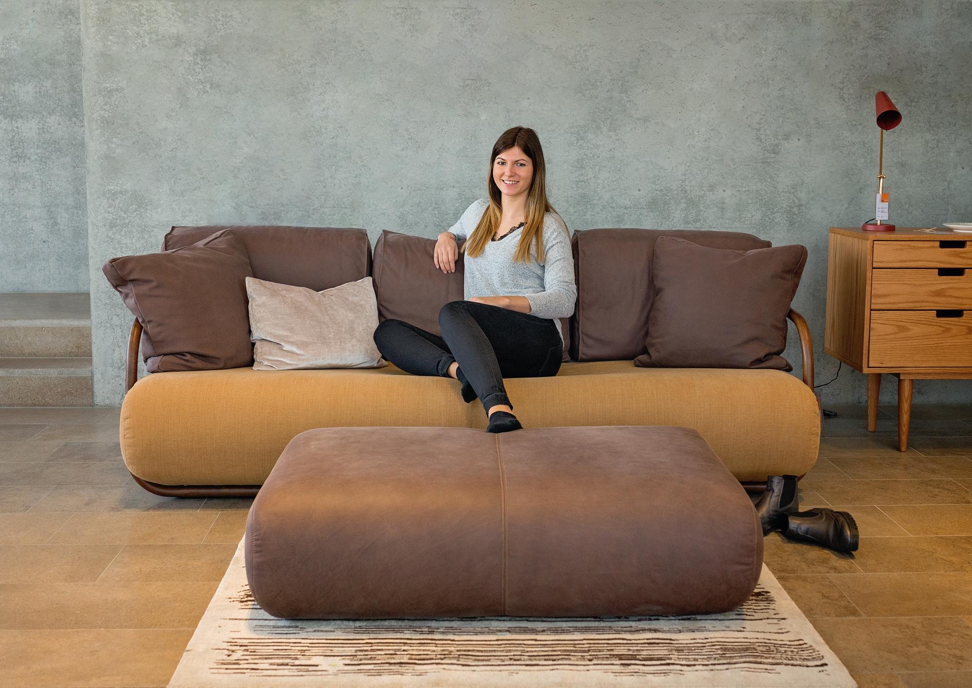 2002 bentwood sofa Thonet