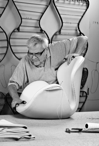 The Swan easy chair Fritz Hansen