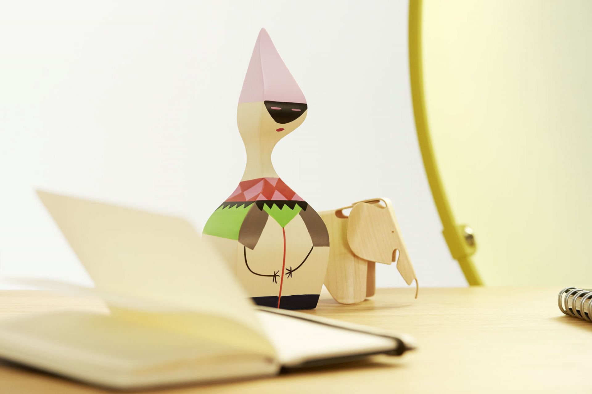 Wooden Dolls Wooden figure Vitra