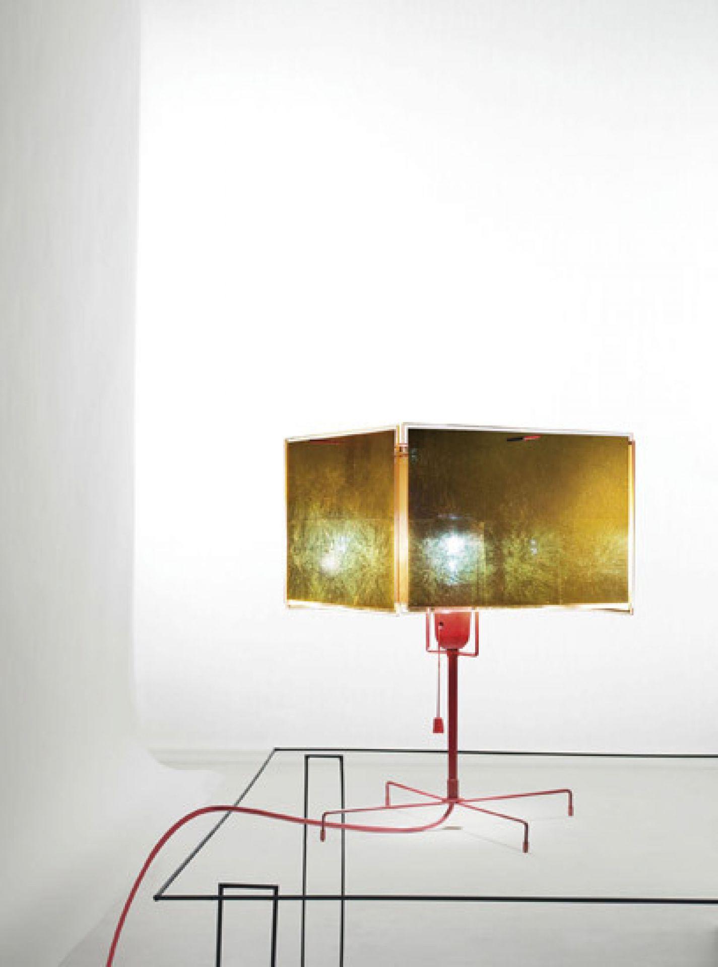 24 Karat Blau T table lamp Ingo Maurer