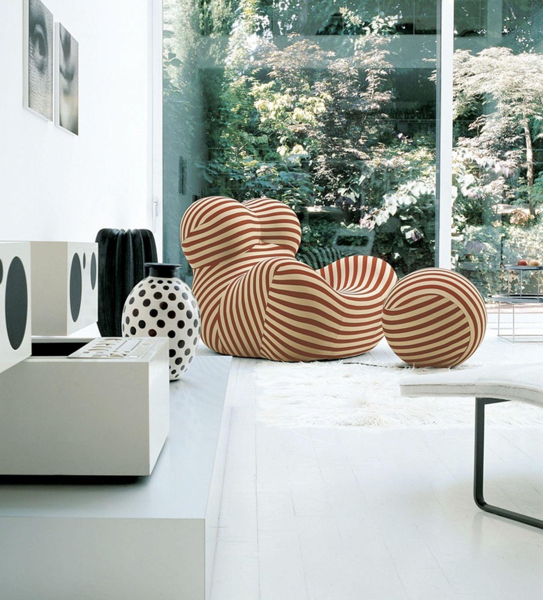 La Mamma Up5 and UP6 Chair Series UP2000 B&B Italia