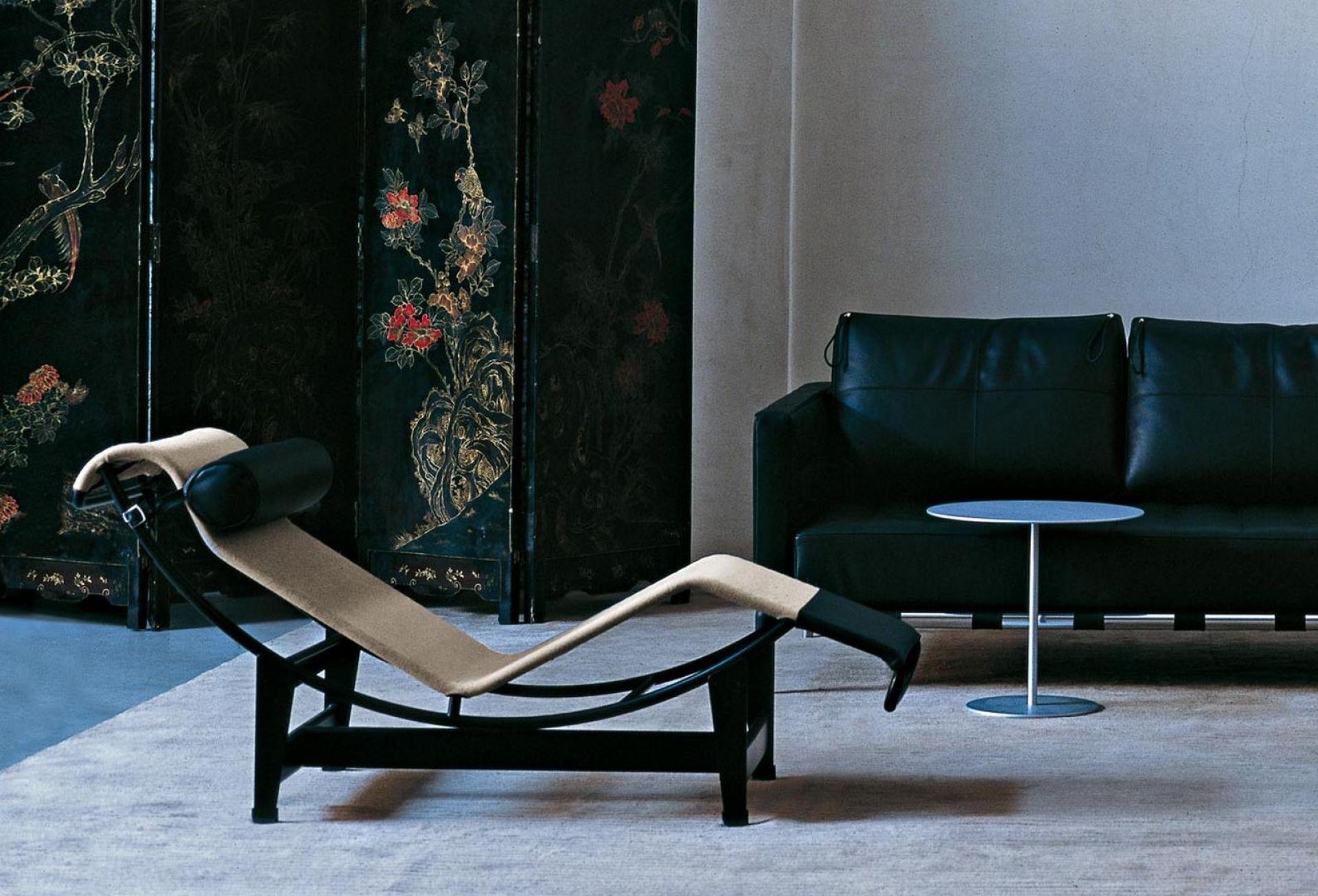 LC4 Le Corbusier lounger Cassina