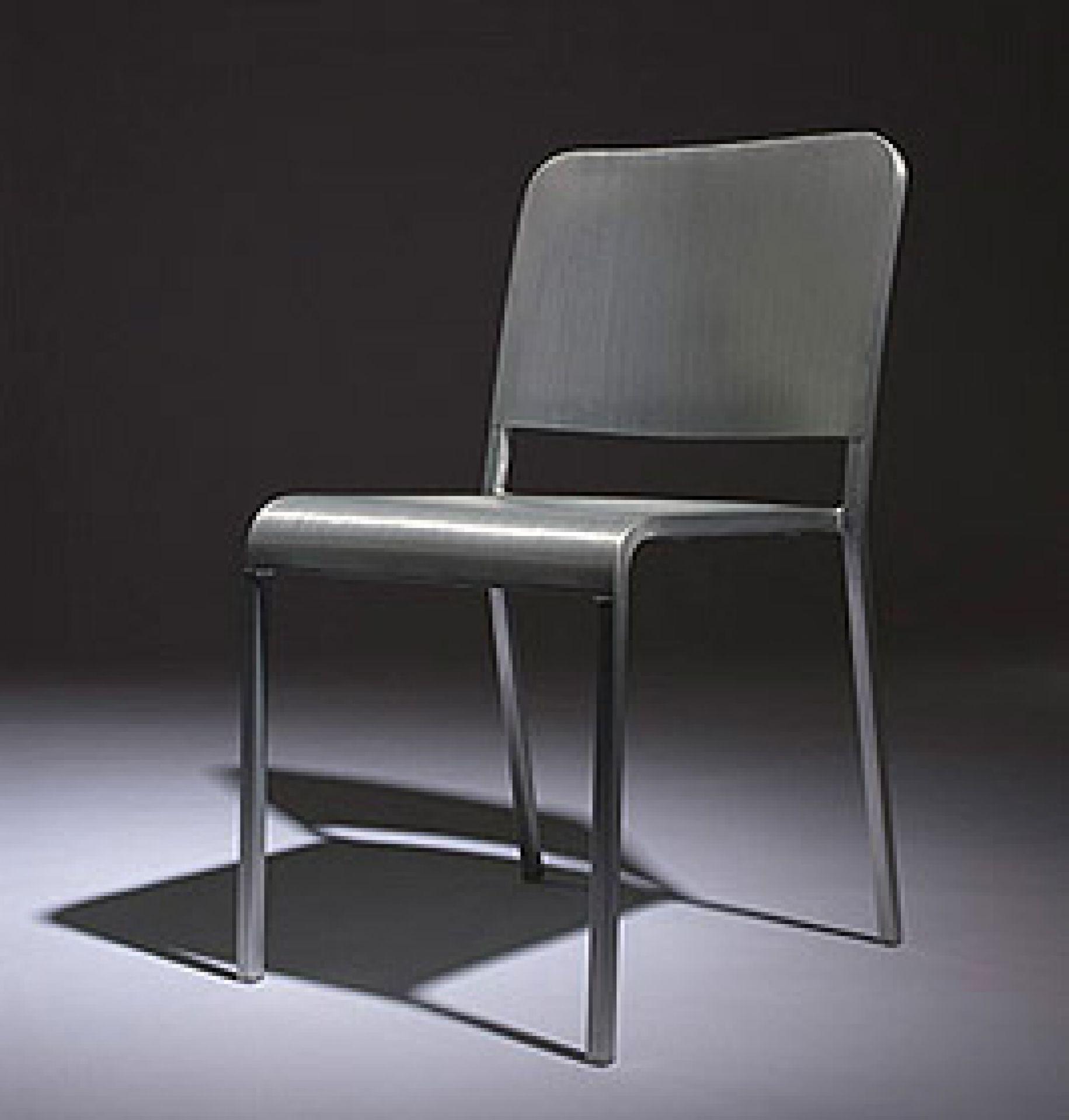 20-06 Chair Emeco